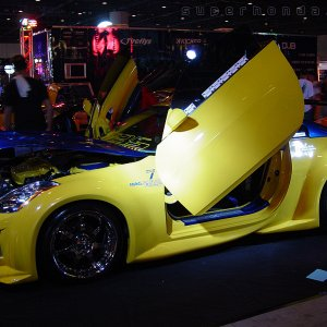 Hot Import Nights - Yellow 350Z Lambo Doors Carbon Fiber